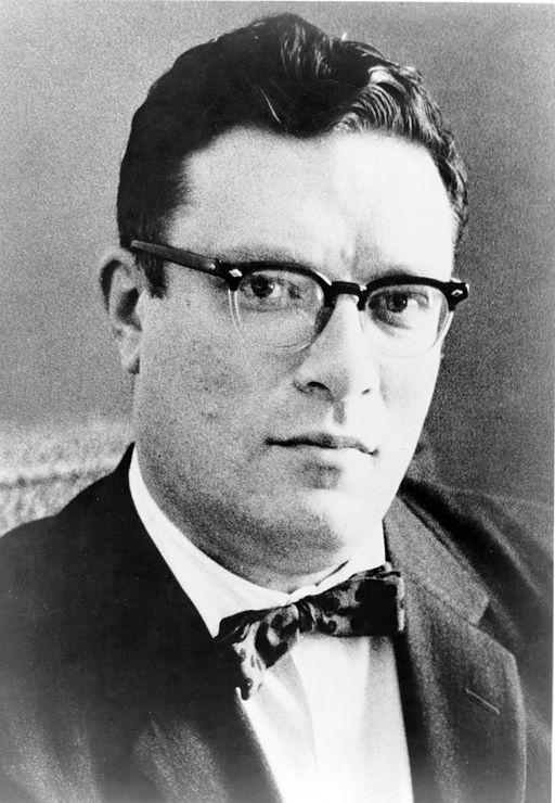 2013-08-13-512pxIsaac.Asimov01.jpg