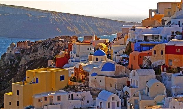 2013-08-15-Santorini_HPupload_edited.jpg