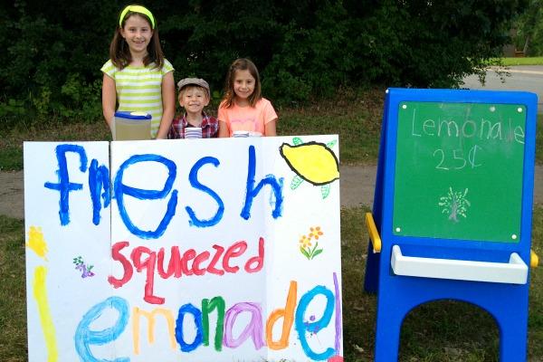 2013-08-15-lemonadestand.jpg