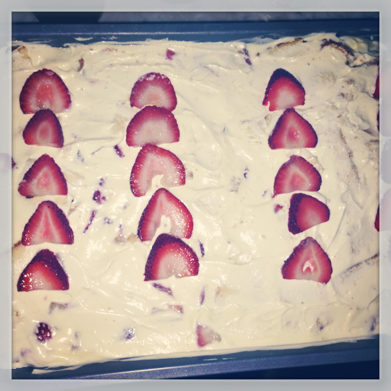 2013-08-15-strawberrypuddingcake.jpg