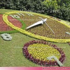 2013-08-16-floralclock.jpg