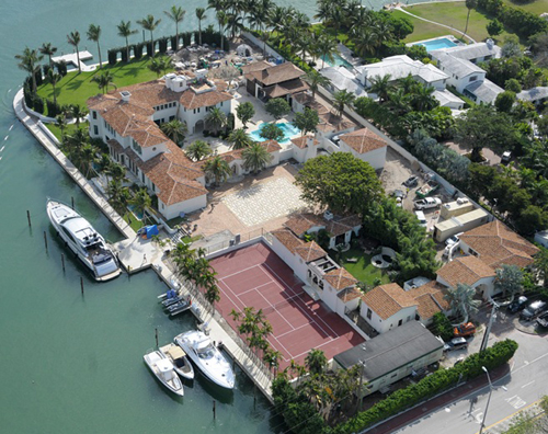 Miami beach 39 s biggest mansion bought by american for Biggest house in miami