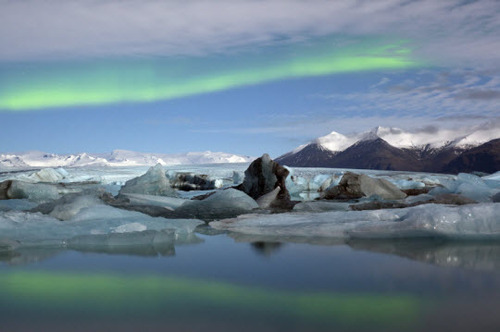 2013-08-20-Icelandnorthernlights.jpg
