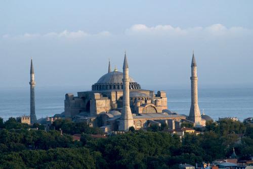 2013-08-20-IstanbulHagiaSofia.jpg