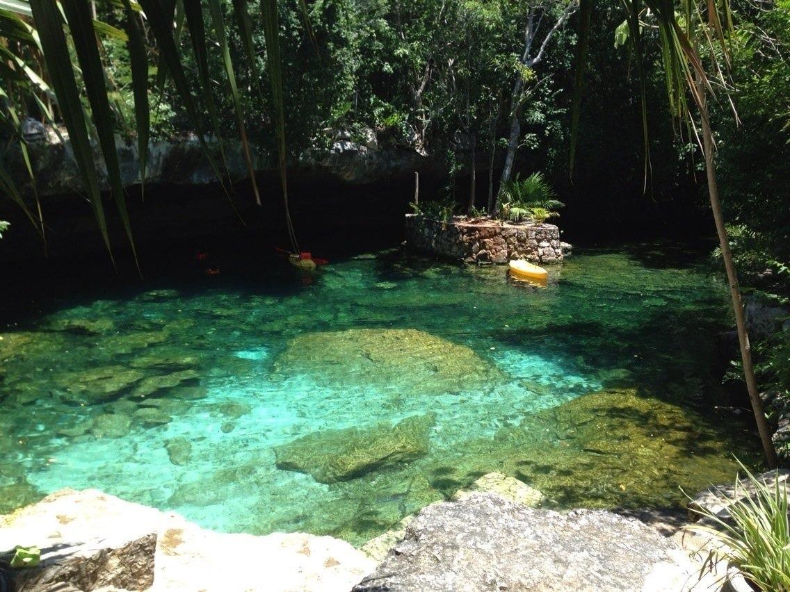 2013-08-20-cenote.JPG