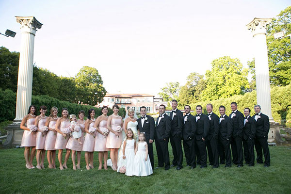 Confessions From Professional Bridesmaids Huffpost