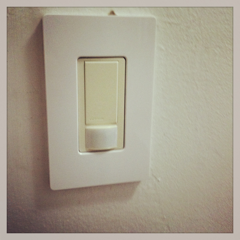 2013-08-22-lighting-controls-2013042008.33.37.jpg