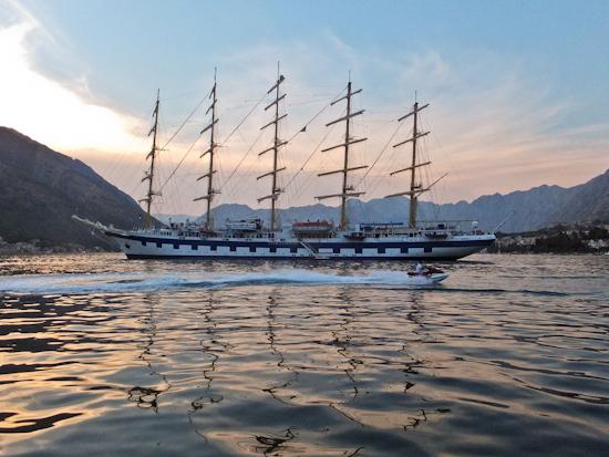 2013-08-27-RoyalClipperinKotorwspeedboat.jpg