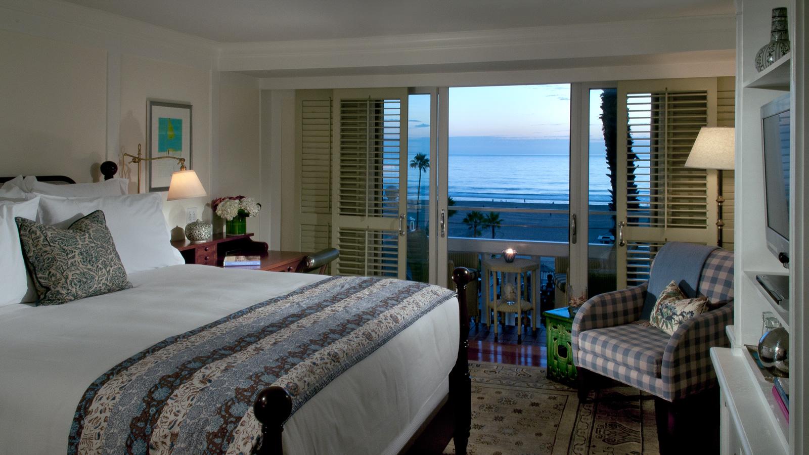 2013-08-27-shutters_guest_room_ocean_view.jpg