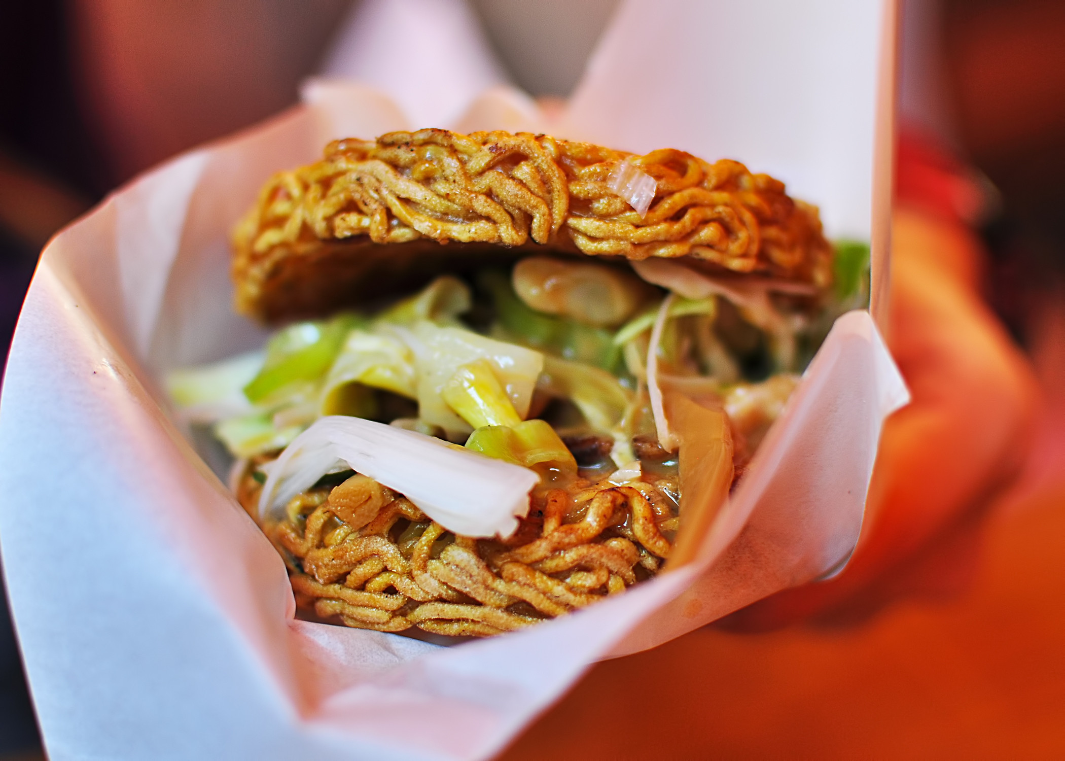 2013-08-28-RAMENBURGER_original.jpg