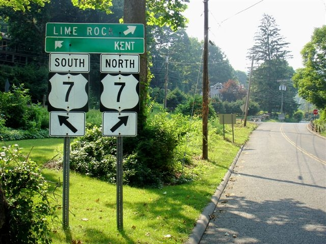 2013-08-28-Route7Roadsigns.JPG
