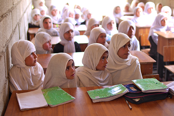2013-08-28-Schoolgirlswidesmall.jpg
