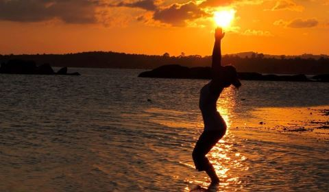 2013-08-29-sunsetyogaposes.jpg