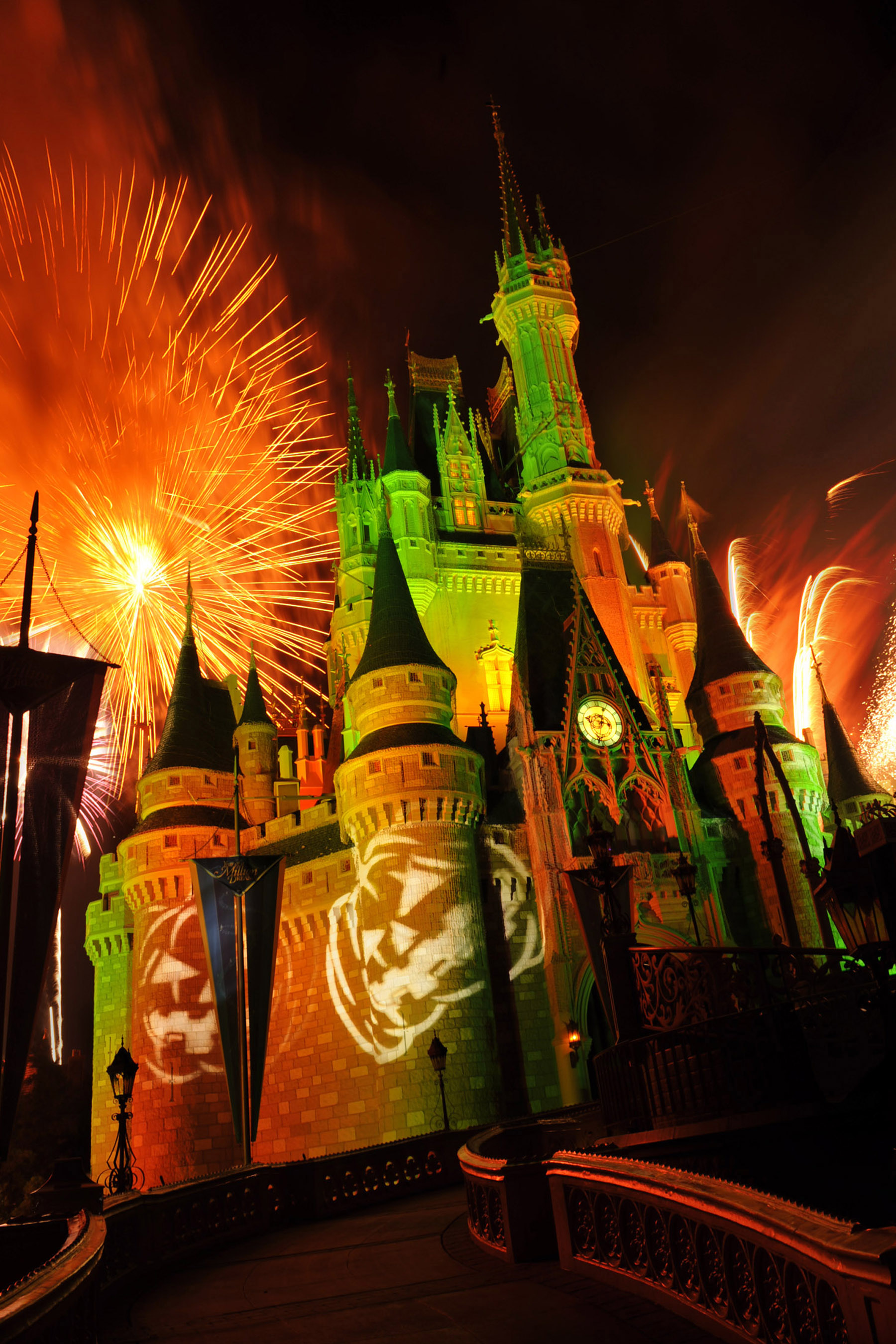 Haunting and magical halloween at walt disney world huffpost - Halloween decorations toronto ...
