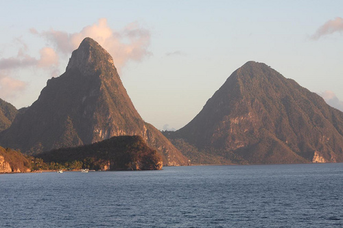 2013-09-02-cruisingforthebackpacker_stlucia.jpg