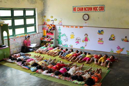 Back To School Classrooms Around The World Huffpost Canada