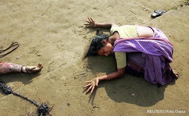 2013-09-03-tsunamiwoman2.png