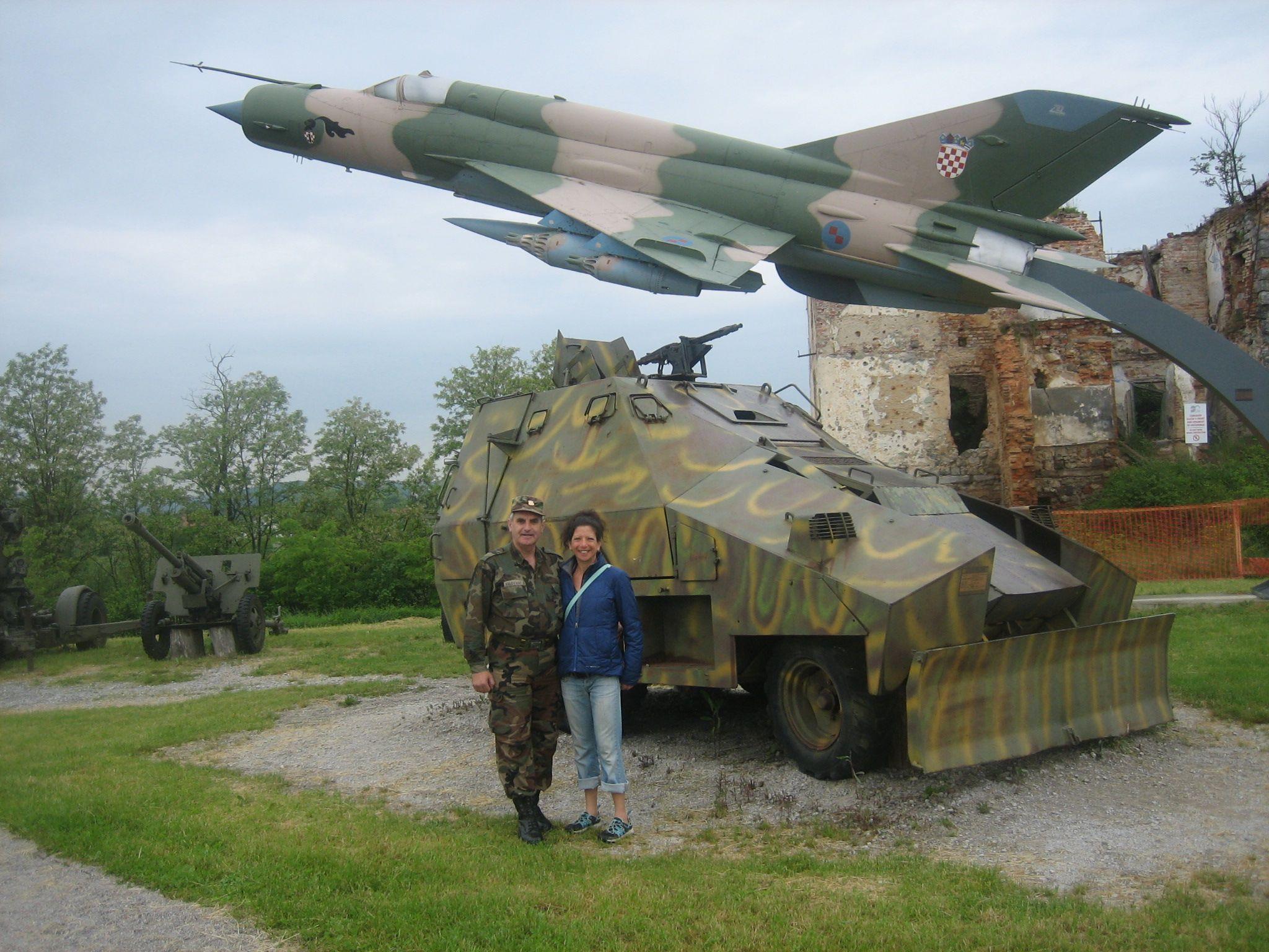 2013-09-10-CroatianWarMuseumStefGeneraltractortank.jpg