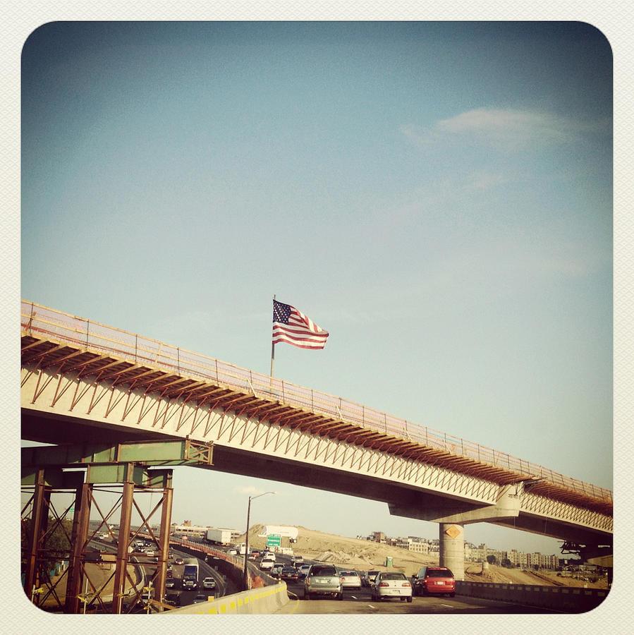 2013-09-11-americanflagonhighwayoverpassnatashajappphotography.jpg