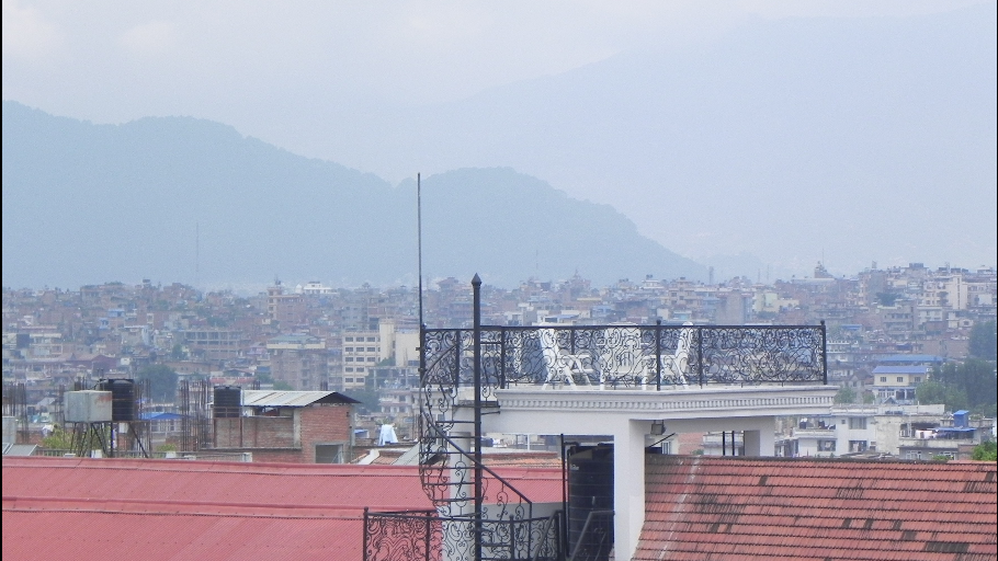 2013-09-12-FancyRooftop.png
