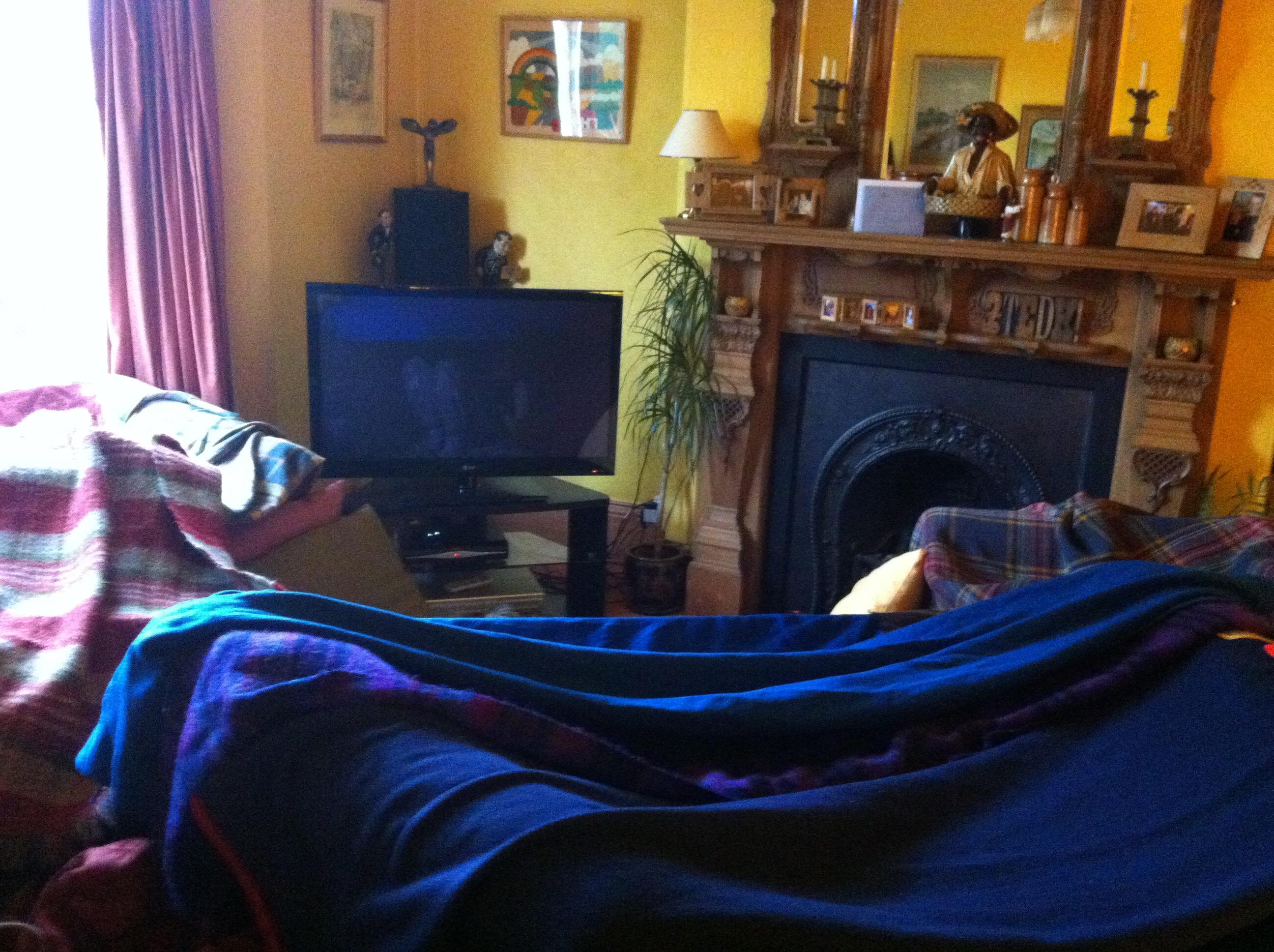 how to build a blanket fort and avoid adult responsibilities