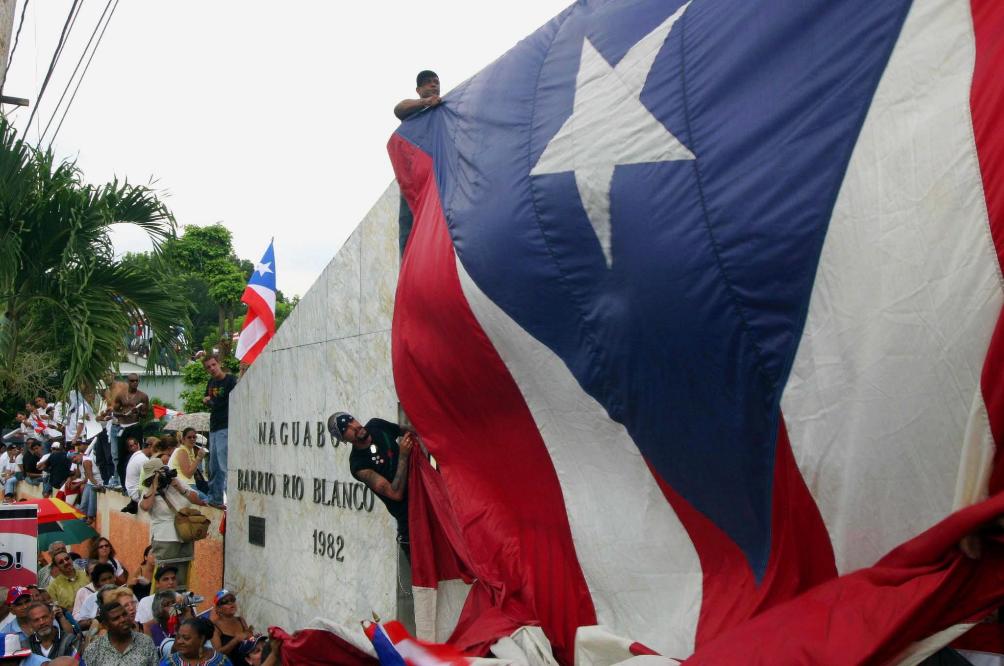 2013-09-19-10PuertoRicanflag.jpg