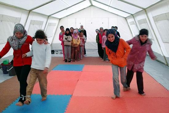 2013-09-19-ZaatariCampPlay.jpg