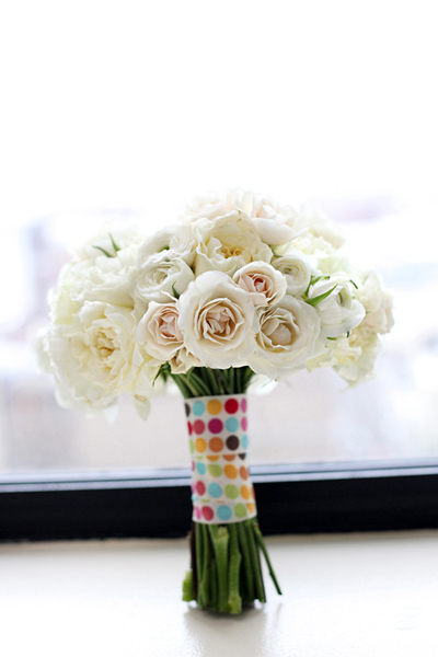 cost wedding flowers wedding experts reveal their best cost cutting secrets 3082