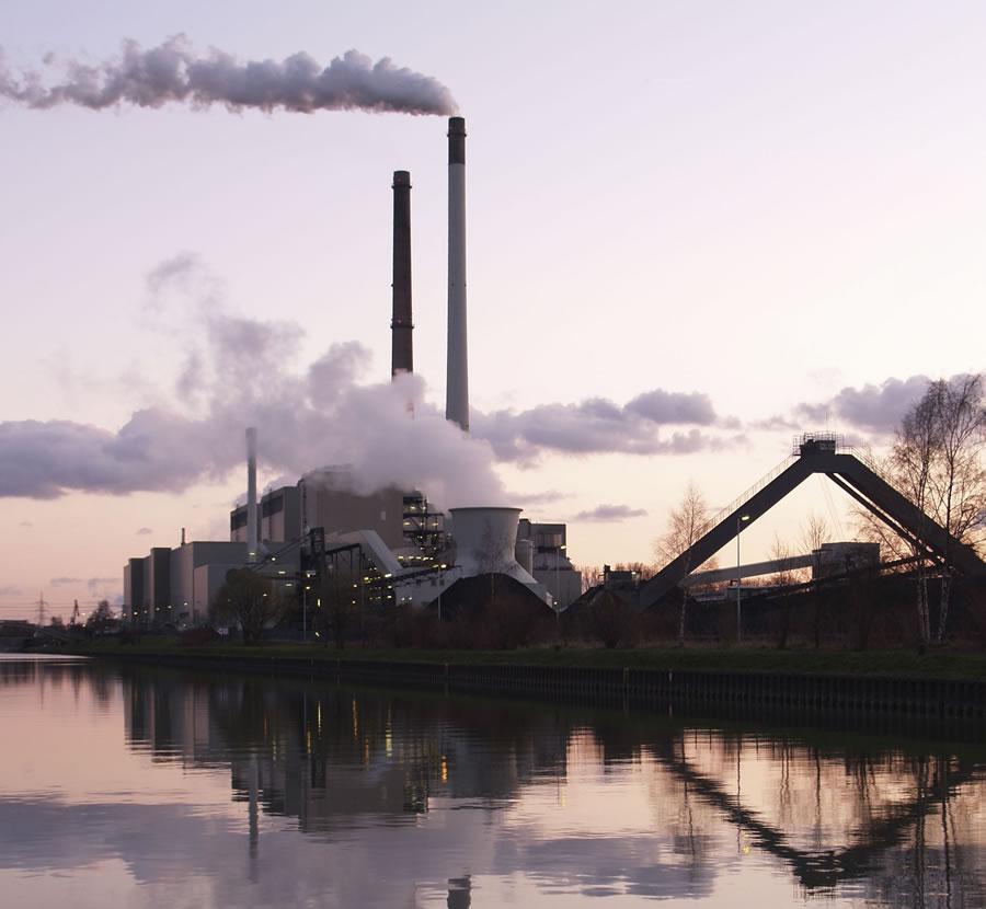 2013-09-20-CoalpowerplantDatteln2Crop1.US.gov.jpg