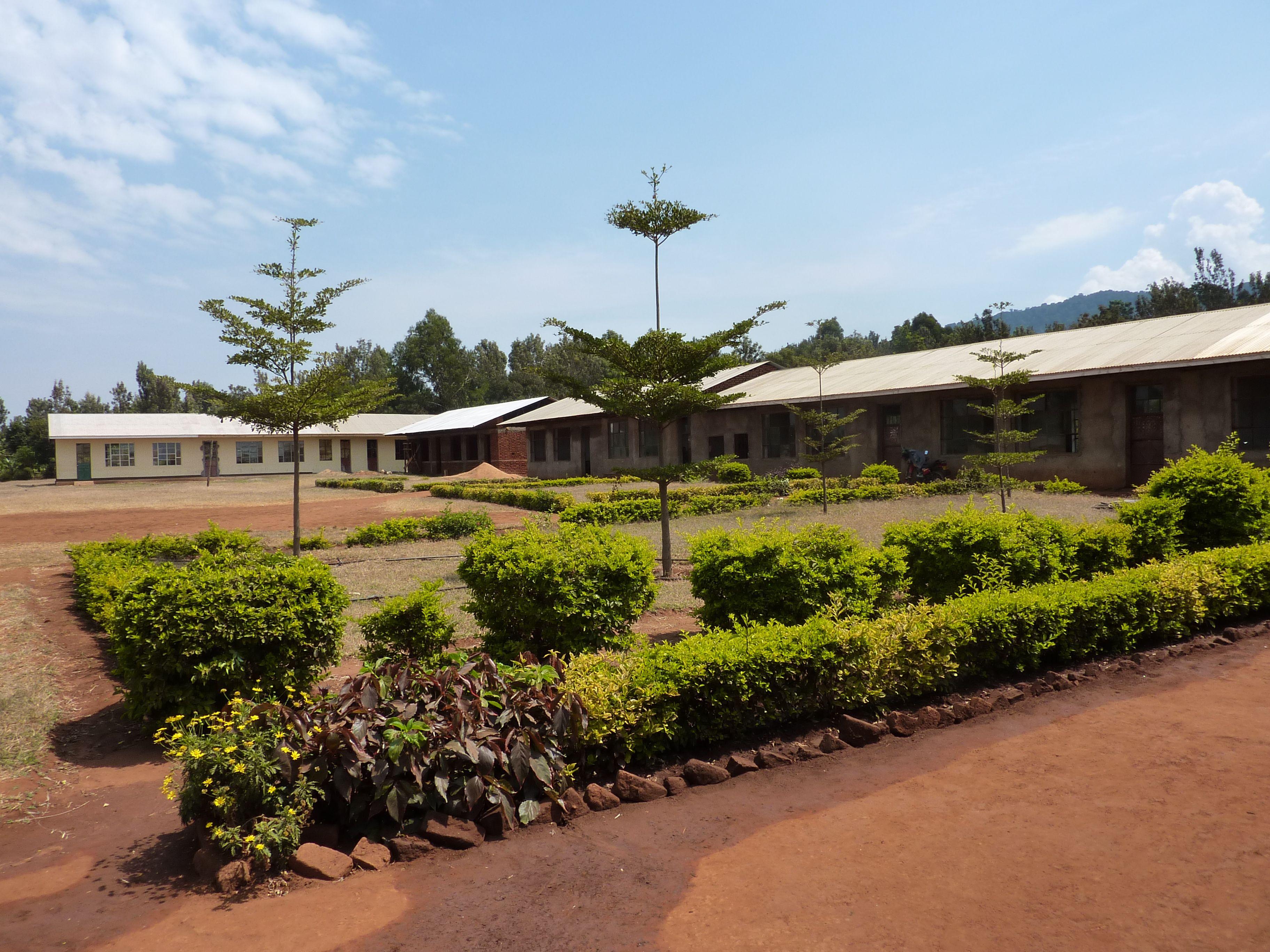2013-09-20-KarimuAyalagayasecondaryschool.jpg
