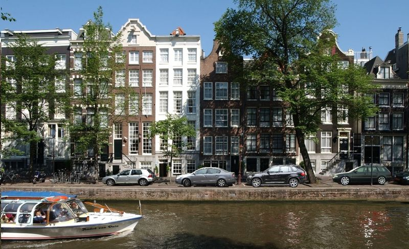 A Neglected Artistic Gem On Amsterdam 39 S Canals Huffpost