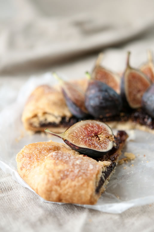 2013-09-20-tart_fig_almond_main_2.jpg