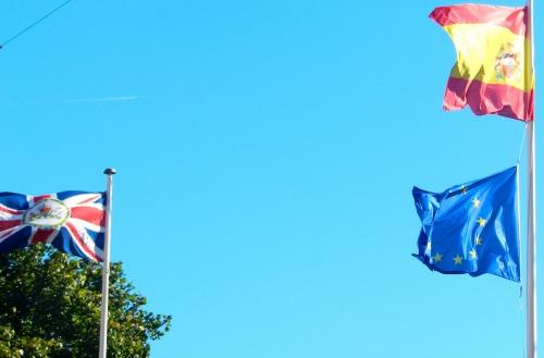 2013-09-25-flags.jpg