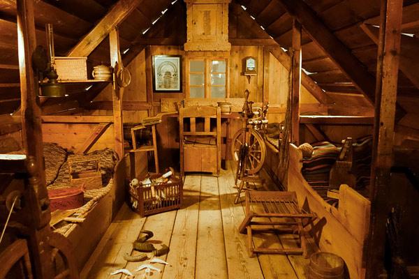2013-09-27-p9museumhouse.jpg