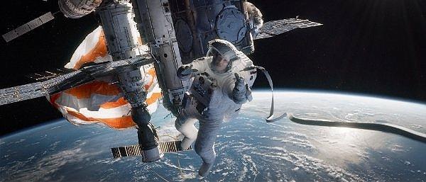 2013-10-01-gravity2.jpg