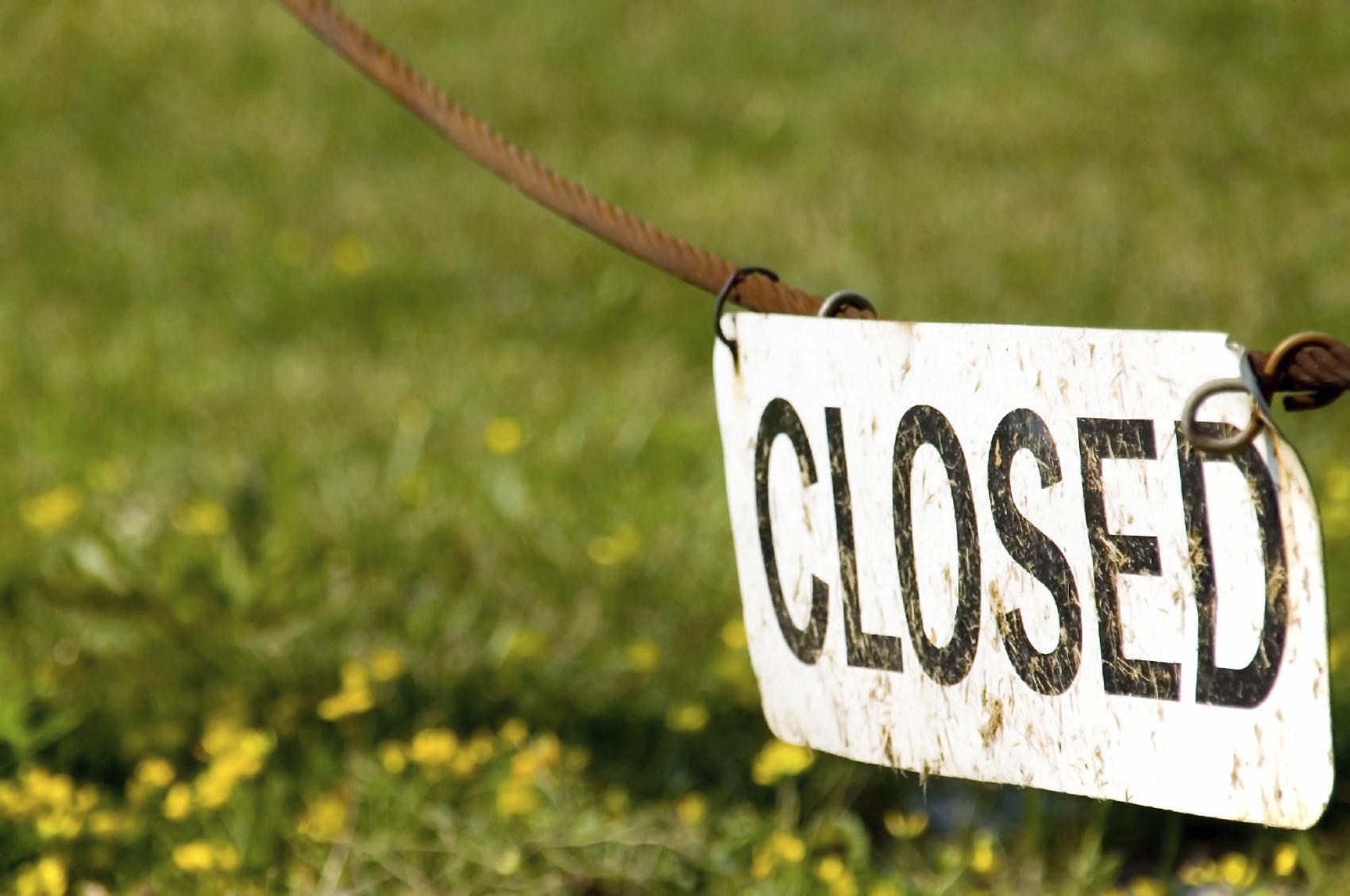 2013-10-02-Closed.iStock_000004087638_Medium.jpg