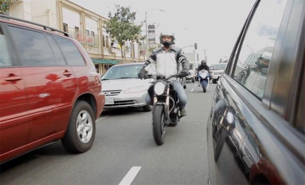 2013-10-02-lanesplittingrideapart.jpg