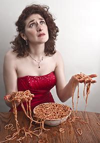 2013-10-04-eatingpastafloor.jpg