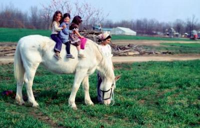 2013-10-04-girlsonhorse.png