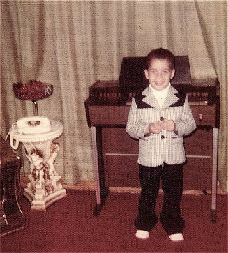 2013-10-06-DavidRodriguez_ReadyForShowbiz_BronxNY_1970s_Small.jpg