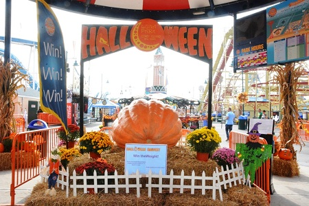 halloween harvest coney island ny 2013 10 09 halloweenharvestwintheweight_editedjpg