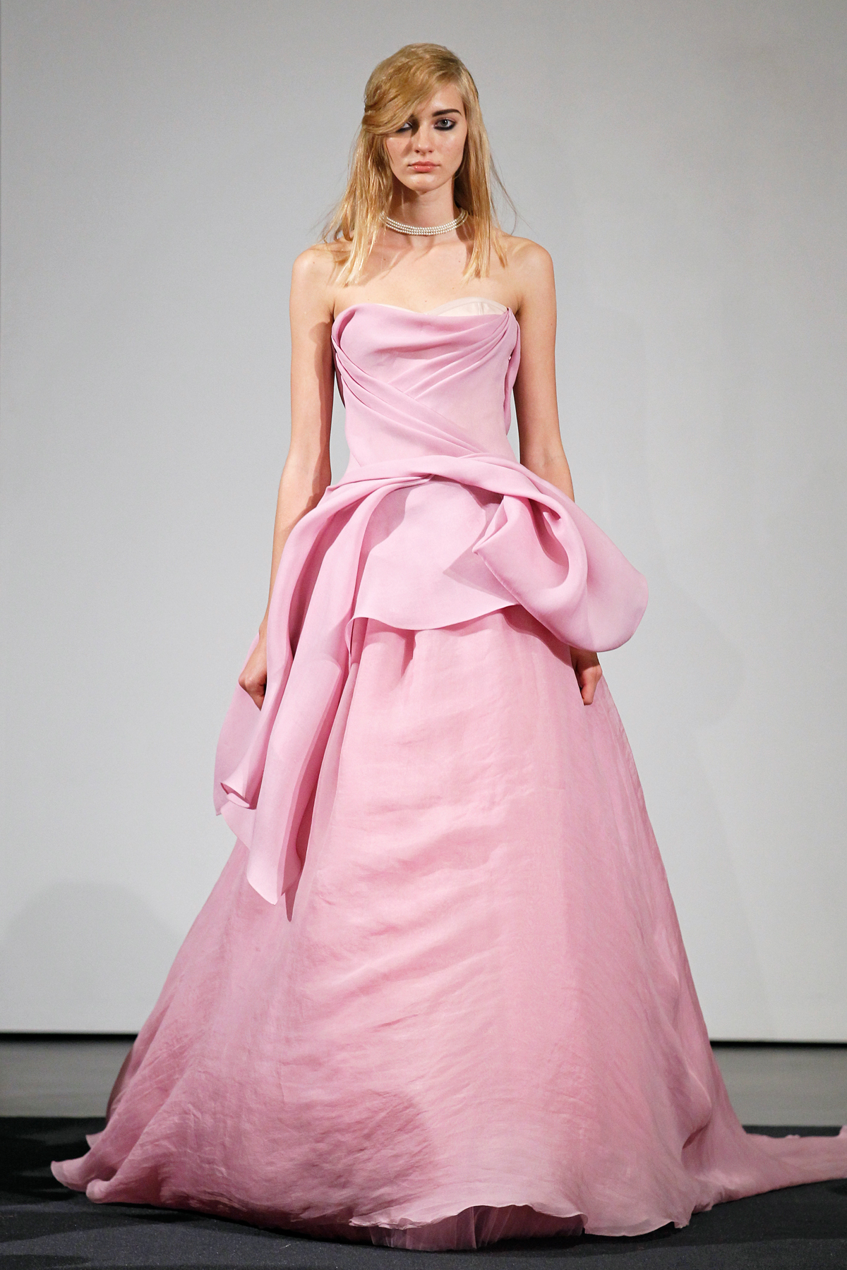 Vera Wang&-39-s Fall 2014 Bridal Collection Features All Pink Dresses ...