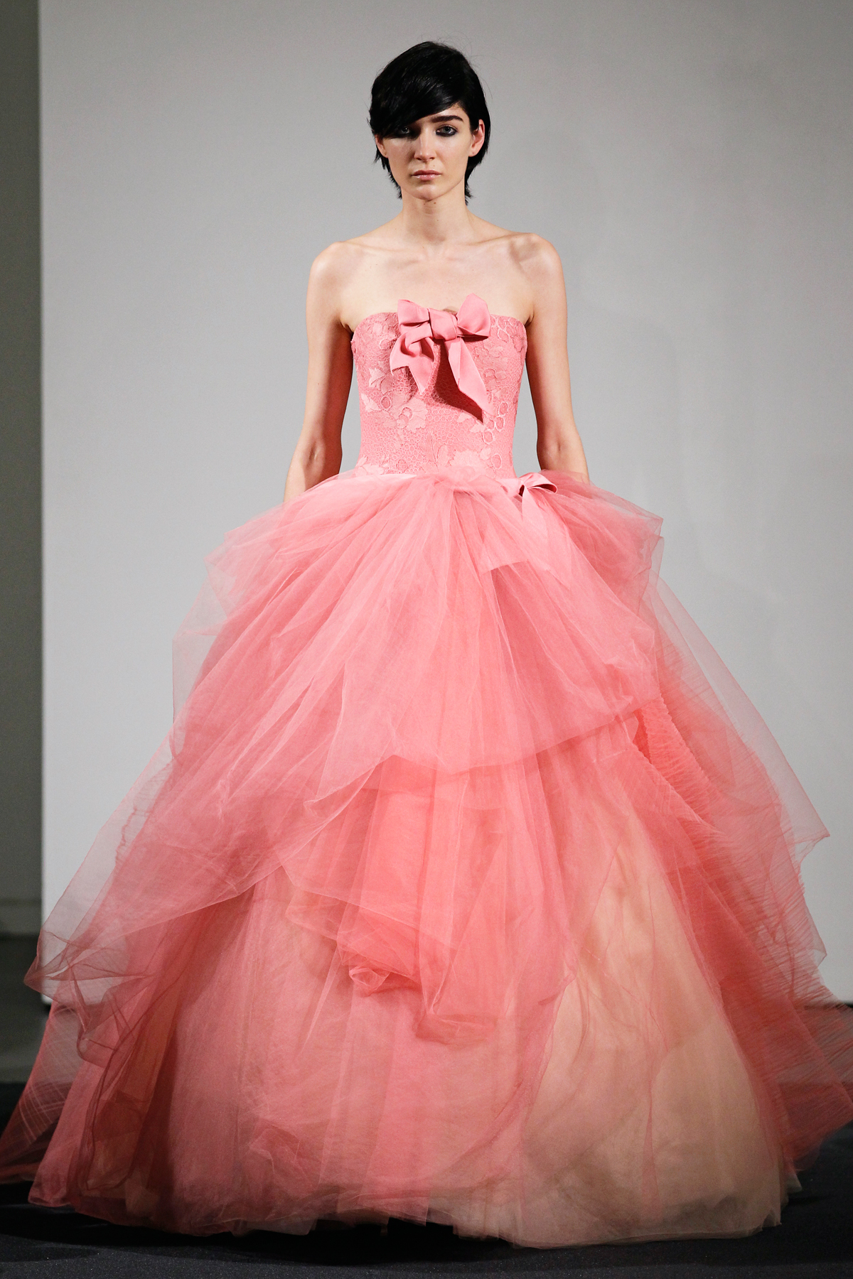 Vera wang 39 s fall 2014 bridal collection features all pink for Where to buy vera wang wedding dresses