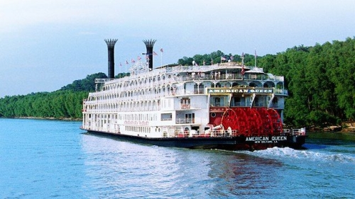 2013-10-15-Mississippi_River_Boat.jpg