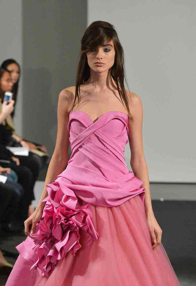 Guest Post: Wedding Dress Trends From Bridal Fashion Week Fall 2013 ...
