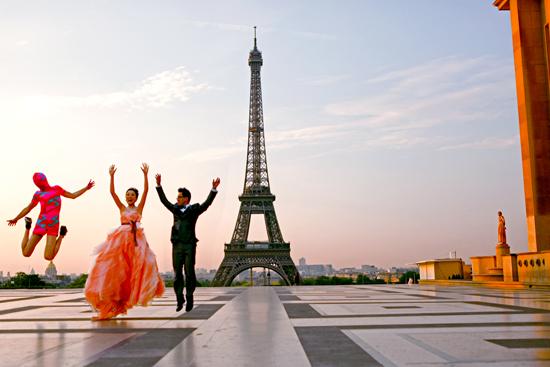 2013-10-16-EiffelTweddingcopy2013.jpg