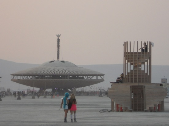 2013-10-17-BurningManSpaceshipTemp.jpg