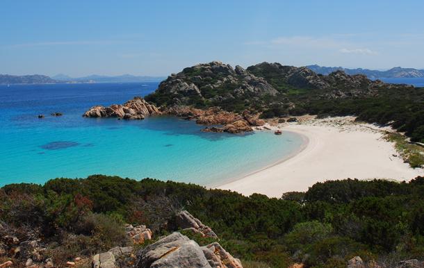 2013-10-17-Spiaggia_rosa_isola_di_budelli_sardegna.jpg