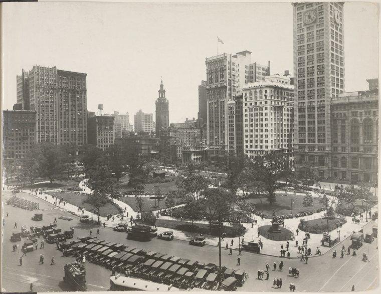 Manhattan S Forgotten Graveyards Under Public Parks
