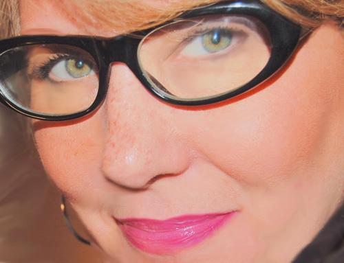 2013-10-29-WomanWithGlassessmaller.jpg